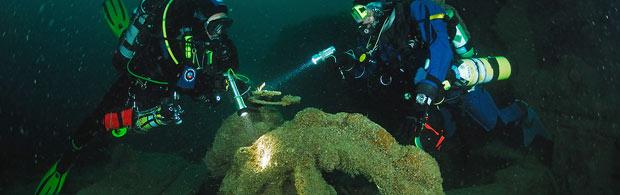 Explore wrecks off the Newquay coast.